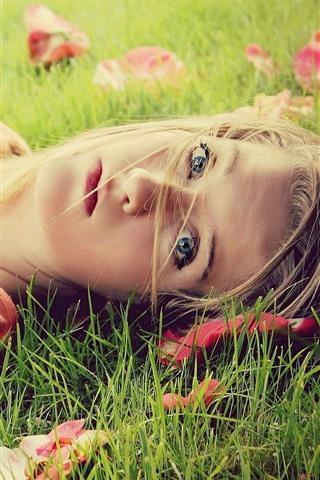 iPhone Wallpaper Blonde girl, lying on grass, look
