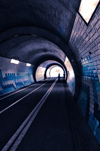 iPhone Wallpaper Tunnel, bricks, lights, road, people