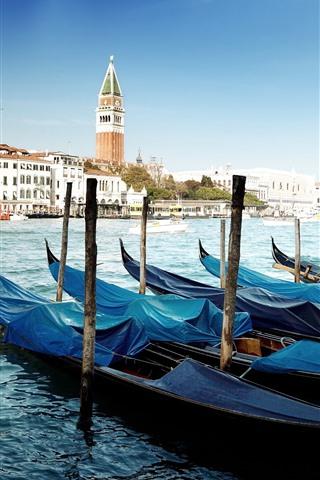 iPhone Wallpaper Venice, gondolas, river, houses