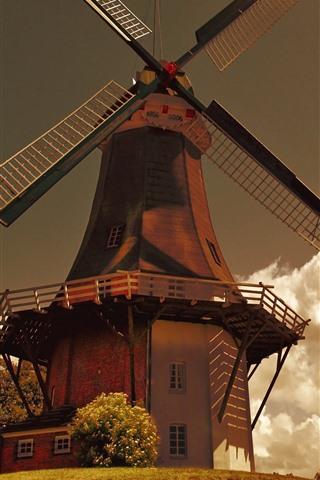 iPhone Wallpaper Windmills, clouds, glare