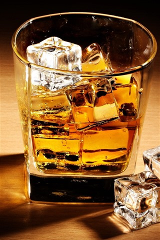 iPhone Wallpaper One cup of whisky, ice cubes
