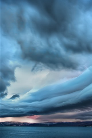 iPhone Wallpaper Storm, thick clouds, sea, dusk