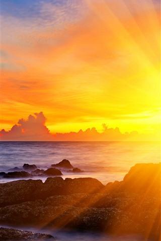 iPhone Wallpaper Sun rays, sunset, sea, glare, rocks, clouds