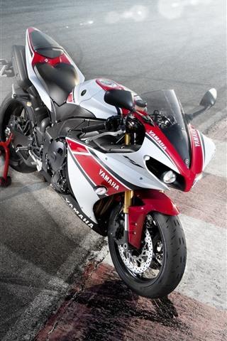 iPhone Wallpaper Yamaha motorcycle, light rays