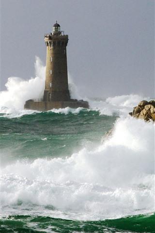 iPhone Wallpaper Lighthouse, sea waves, water splash, foam