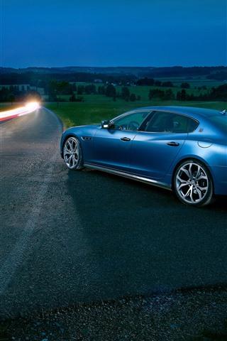 iPhone Wallpaper Maserati blue car, night, road, lights