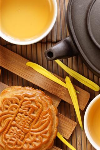 iPhone Wallpaper Mooncake, tea, chrysanthemum