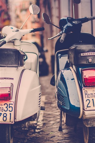 iPhone Wallpaper Two motorcycles, street, retro style, city