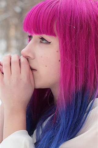 iPhoneの壁紙 ピンクの髪の少女、雪、冬