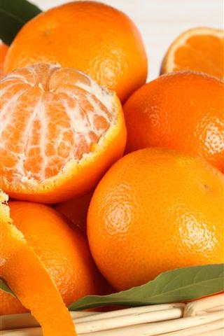 iPhoneの壁紙 いくつかのオレンジ、バスケット、フルーツ