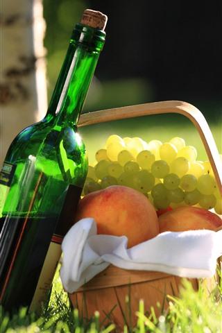 iPhone Wallpaper Wine, grapes, peach, basket, grass, sunshine