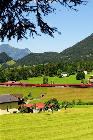 iPhone Wallpaper Austria, train, countryside, fields, mountains