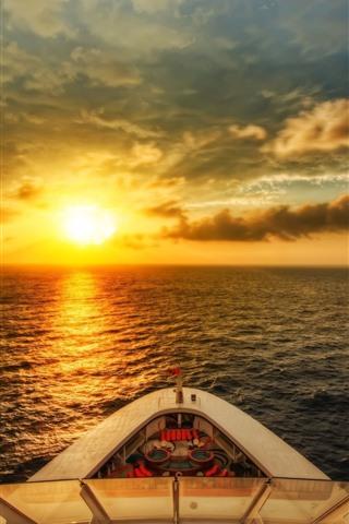 iPhone Wallpaper Ship, sea, sunrise, glare