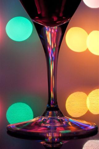 iPhone Обои Стеклянная чашка, разноцветные световые круги