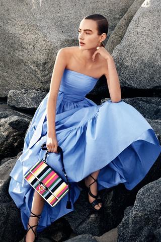 iPhone Papéis de Parede Garota saia azul, bolsa, pedras