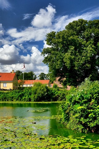 iPhone Wallpaper Denmark, Nyborg, trees, duckweed, castle, green, pond
