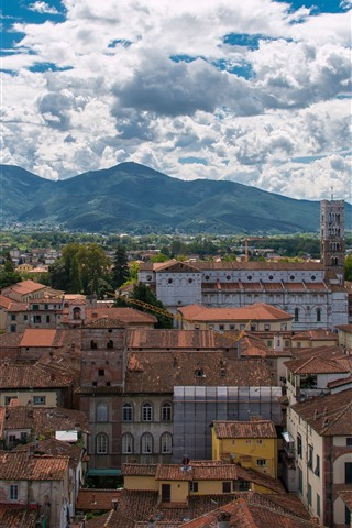 iPhone Wallpaper Italy, Tuscany, city, houses, mountains, sky, clouds