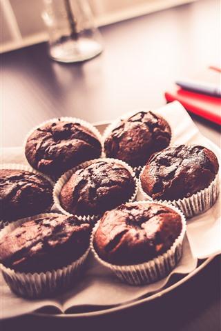 iPhone Papéis de Parede Alguns bolos de chocolate, livro, café