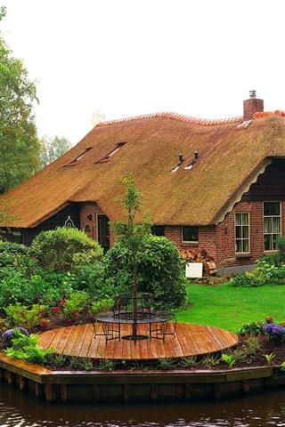 iPhone Обои Нидерланды, деревья, цветы, дом, сад, река