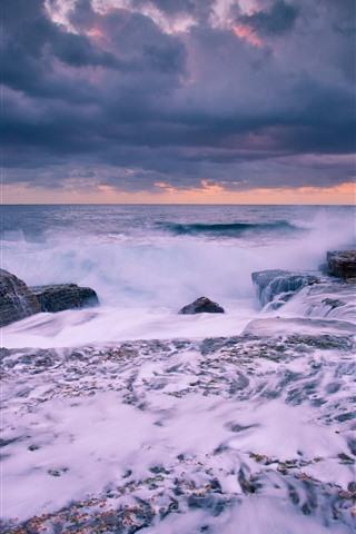 iPhone Wallpaper Sea, water stream, splash, rocks, clouds, dusk