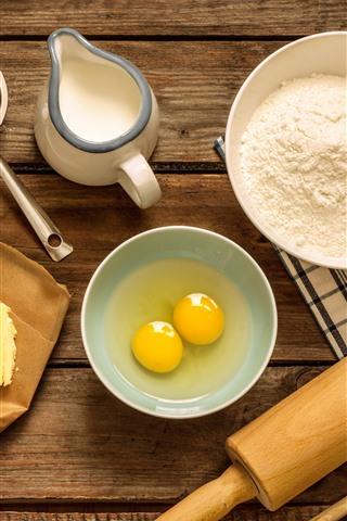 iPhone Wallpaper Eggs, flour, milk, oil, rolling pin, food