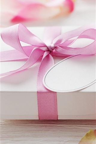 iPhone Papéis de Parede Presente, fita, pétalas de rosa rosa, romântico