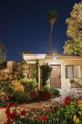 iPhone Wallpaper Garden, night, house, lights, stars