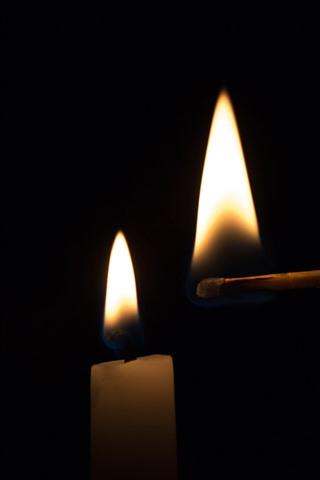 iPhone Обои Свеча, огонь, пламя, матч, яркий