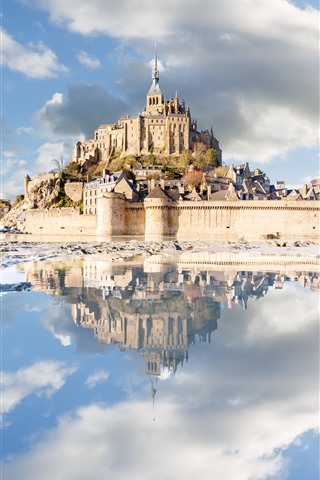 iPhone Wallpaper France, Normandy, Mont-Saint-Michel, castle, sea, clouds, water reflection