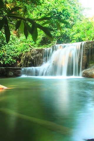 iPhone Hintergrundbilder Thailand, Naturlandschaft, Wasserfälle, Wasser, grüne Bäume
